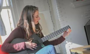 Волшебная гитара – научись играть за минуту