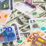 Куда вкладывать деньги в условиях падения курса рубля (3 интересных способа!)